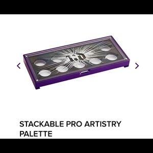 Urban Decay stackable pro artistry palette